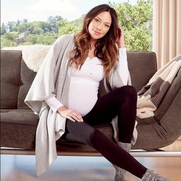 6a700e7f131 New Pregnancy & Postpartum Cozy Wrap